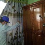Phun thuốc diệt muỗi cho hộ gia đình